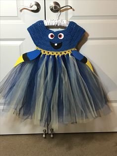 How do you like my Finding Dory costume?