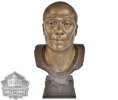 Marshall Faulk Hall of Fame Bust Nfl Hall Of Fame, Football Hall Of Fame, Marshall Faulk, La Rams, Running Back, Statue, Baby, Baby Humor, Infant