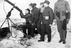 Norwegian Soldiers with a Kongsberg M/29 machine gun on anti aircraft mount