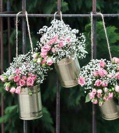 Dekorative, goldene Wedding Cans als Hochzeitsdekoration oder Blumentöpfe für romantische Highlights. Inhalt: 5 Stück