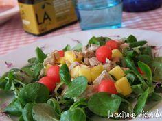 la cocina de aficionado: Ensalada de canónigos con atún, mango y sandía