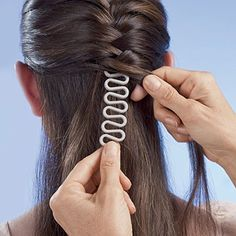 Haar-Flechthilfe Stk im Set) Magic Hair Braider Roller WORLDWIDE SHIPPING Specification: Item Type: Braider Material: Plastic Size: (Size may exist difference due to hand measure, thanks for your understanding). Package Included: 1 x Hair Braiding Maker A Box Braids Hairstyles, Twist Hairstyles, Female Hairstyles, Modern Hairstyles, Black Hairstyles, French Braid Hairstyles, Updo Hairstyle, Athletic Hairstyles, French Braid Ponytail