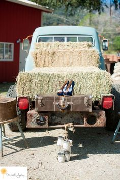 Sweet Pea Ranch Photo By Michelle Johnson Photography Blue Wedding Shoes Barn Wedding