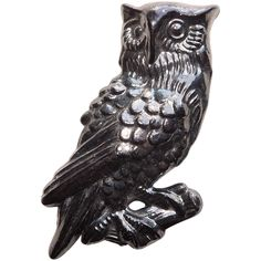 Early Plastic OWL Figural Vintage Brooch - Autumn Fall or Halloween Vintage Fall, Fall Leaves, Autumn Inspiration, Autumn Fall, Vintage Brooches, Artisan Jewelry, Costume Jewelry, Lion Sculpture, Owl