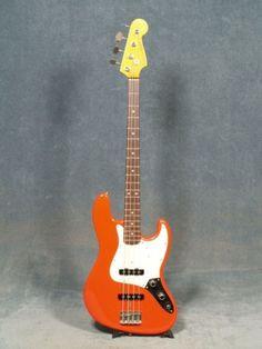 1983 Fender JAZZ BASS '62 VINTAGE REISSUE
