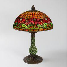 """""""Poinsettia"""" Tiffany Lamp"""