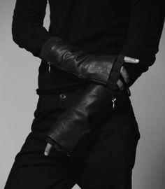 ★彡 anakin skywalker / darth vader aesthetic Jace Lightwood, The Wicked The Divine, Aizawa Shouta, Kairo, Ex Machina, Anakin Skywalker, Character Aesthetic, The Villain, Cloud Strife