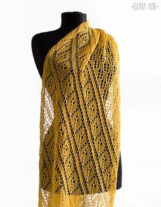 Ravelry: Pursa Stole pattern by Daria Sorokina