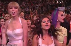 this was like the best part of the whole night besides the fact that 1D sang. i laughed so hard that Taylor, Selena, and Ashley were fangirling over them :)