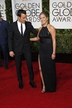<P>Justin Theroux was onder de indruk van zijn Jennifer Aniston in haar eenvoudige, zwarte jurk met hoge beensplit. En terecht. </P>