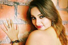 Anusha Bhabhi Ki Desi Garam Choot