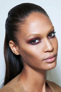 Plum smoky eye + brushed-up brows // holiday makeup looks