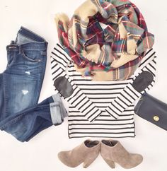 Plaid scarf and stripes - causal Fall outfit. Maybe class up the pants for a nice work outfit Instagram Outfits, Fall Winter Outfits, Autumn Winter Fashion, Winter Clothes, Winter Wear, Winter Style, Mode Outfits, Casual Outfits, Casual Wear
