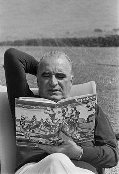 Georges Pompidou, créateur de la dette de la France avec Giscard ... Le Général n'est pas content ....