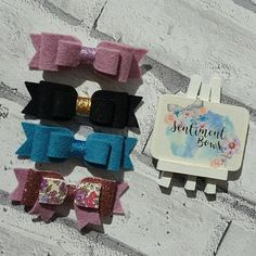 Check out this item in my Etsy shop https://www.etsy.com/uk/listing/508747058/set-of-felt-bows-hair-bow-set-bright-bow