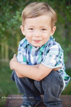 Adorable 4 Year Old pic idea Little Boy Photography, Toddler Photography, Cute Photography, Newborn Photography, Family Photography, Toddler Pictures, Boy Pictures, Boy Photos, Sibling Poses