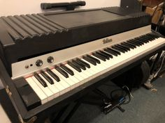 1982 Fender Rhodes 73 Black $1,450.00