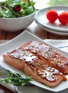 Honey Garlic Salmon - The Cooking Jar Salmon Recipes, Fish Recipes, Seafood Recipes, Cooking Recipes, Sauce Recipes, Recipes Dinner, High Protein Recipes, Healthy Salad Recipes, Honey And Soy Sauce