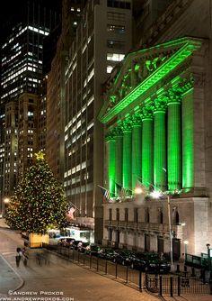 The New York Stock Exchange at Christmas II - http://andrewprokos.com/photos/new-york/