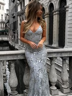 Elegant Prom Dresses, Sexy V-Neck Mermaid Prom Dresses 2018 Sequineds Backless Evening Gowns Shop for La Femme prom dresses. Elegant long designer gowns, sexy cocktail dresses, short semi-formal dresses, and party dresses. Mermaid Prom Dresses Lace, Prom Dresses 2018, Beaded Prom Dress, Cheap Prom Dresses, Lace Dress, Party Dresses, Dress Long, Tulle Lace, Mermaid Sequin