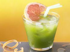 Fruchtiger Spinat-Drink mit Grapefruitsaft