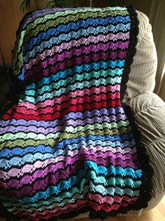 Lounge Waves by Bev Nicholson  Paid Pattern: http://www.ravelry.com/patterns/library/lounge-waves  #TheCrochetLounge #afghan #pattern