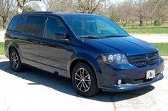 2016 Dodge Grand Caravan $20300 http://www.countryhillolathe.com/inventory/view/9876286