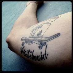 Let's play skateboard #skate #skateboarding #tattoo #tattoos #ink #skatetattoo #cards #skateboard