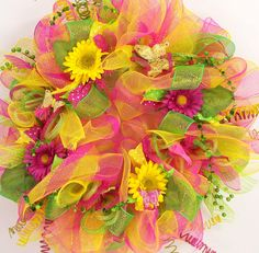 Mesh wreath for spring