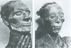 The mummy of her husband, Yuya (left), and to the right, Tjuyu.
