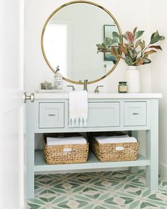 If you have a small bathroom in your home, don't be confuse to change to make it look larger. Not only small bathroom, but also the largest bathrooms have their problems and design flaws. Bathroom Renos, Small Bathroom, Bathroom Green, Bathroom Ideas, Bathroom Vanities, Remodel Bathroom, Bathroom Cabinets, Budget Bathroom, Bathroom Wall