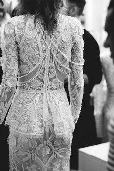 Naeem Kahn Spring 2018 / Wedding Style Inspiration / LANE