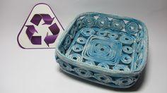 Como hacer paso a paso una cesta decorativa hecha con periodicos. Facebook: https://www.facebook.com/gustamonton Twiteer: https://twitter.com/#!/gustamonton ...