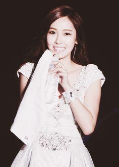 #Jessica #Sooyeon ( #SNSD ) #live #cute