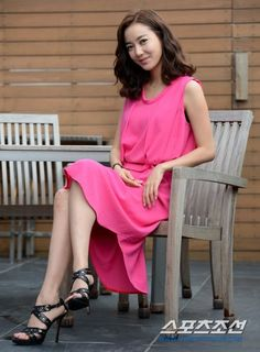 Lee So Yeon, Korean Beauty, Photo Galleries, Bell Sleeve Top, Actresses, Female, Drama, Movie, Tops