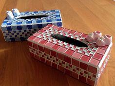 Gemaakt door Irma uit Almere Tissue Box Holder, Tissue Box Covers, Tissue Boxes, Mosaic Tile Designs, Mosaic Ideas, Mirror Mosaic, Mosaic Art, Glass Jewelry Box, Mosaic Garden