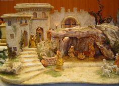 Christmas Crib Ideas, Christmas Art, Handmade Christmas, Christmas Decorations, Xmas, Nativity House, Nativity Crafts, Christmas Village Display, Christmas Villages