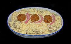 Chiftelute cu maioneza si ceapa marinata - Bunătăți din bucătăria Gicuței Arancini, Grains, Food And Drink, Rice, Cooking Recipes, Chicken, Chef Recipes, Seeds, Korn