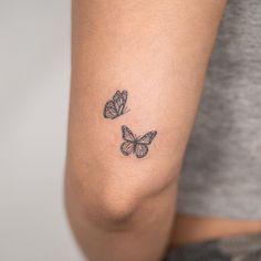 Dainty Tattoos, Girly Tattoos, Pretty Tattoos, Mini Tattoos, Tiny Tattoos For Girls, Little Tattoos, Tatoo Heart, Beste Freundin Tattoo, Smal Tattoo