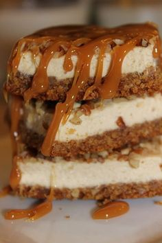 Shut the front door.......Salted Caramel Pecan Cheesecake Bars, topped with toasted pecans and salty caramel. REALLY?!