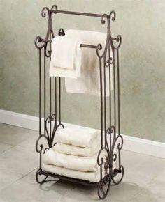 http://www.cnbhomes.com/wp-content/uploads/2014/11/sleek-free-standing-towel-rack-X4IjI.jpg