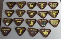 UK GIRL GUIDES: 19 MINT PRE 1994 BROWNIE INTEREST BADGES/PATCHES | eBay