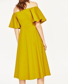 Image 4 of OFF-THE-SHOULDER MIDI DRESS from Zara