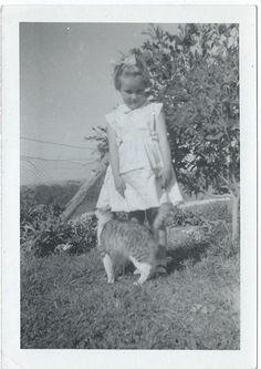 Adorable Little Girl with Cat - Vintage Original Photo