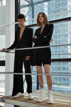 DKNY Resort 2017 Fashion Show