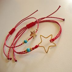 Μαρτάκι Little Star gold Red Button, Rakhi, Mom Daughter, Hippie Jewelry, Little Star, Jewelry Crafts, Friendship Bracelets, Jewelery, Jewelry Design