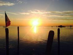 Portami ovunque, portami al mare,  Portami dove non serve sognare.  #pellestrina #venezia