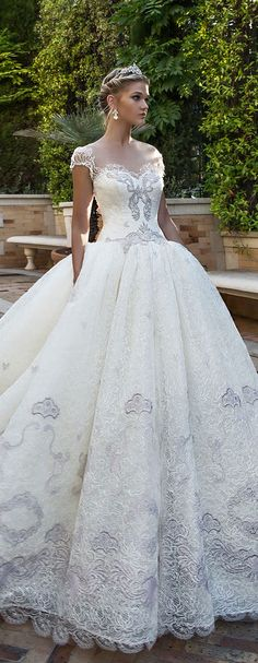 Featured Dress: Alessandra Rinaudo; Wedding dress idea.