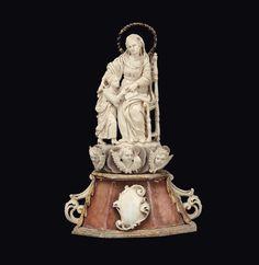 Scultura in avorio, madreperla, tartaruga, alabastro raffigurante l'educazione della Vergine, Bottega dei Tipa, Trapani, XVIII secolo Altezza centimetri 18