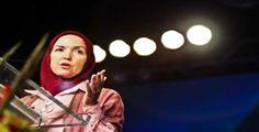 Ingrid Mattson  Ingrid Mattson adalah pemimpin Islamic society of north America. Organisasi ini merupakan organisasi besar dan berpengaruh di Amerika. Wanita kelahiran Canada 50 tahun silam ini sempat menjadi Atheis atau tidak percaya Tuhan saat remaja. Namun ketika menimba ilmu di universitas Waterloo dan memilih jurusan seni dan falsafat mengubah pemikirannya tersebut. Disitulah dia mulai mengenal dan menjadi salah satu motivator Islam.